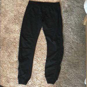 Lululemon size 10 Ruched black pants